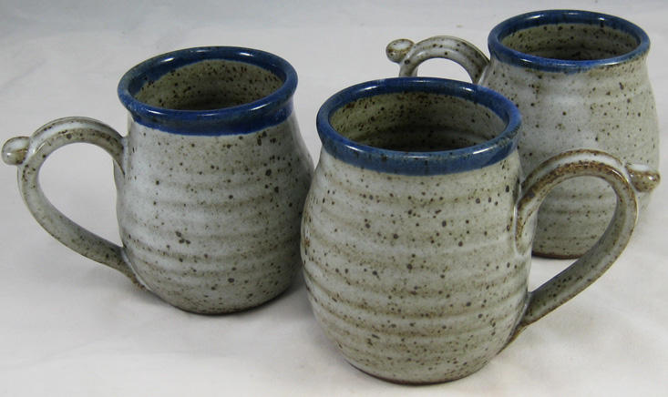 11 oz Mug, Stony gray with blue rim