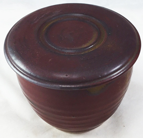 Mat reddish brown braking olive green French Butter Dish